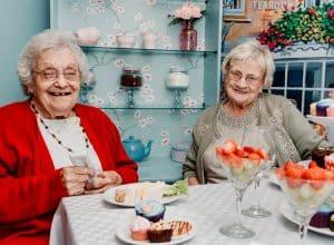 elderly-care-activities-social-residential-lidder-care