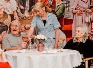 residential-care-nottingham-elderly-newgate-lodge-lidder-care