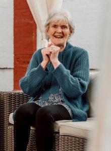 residential-dementia-care-home-newgate-lodge-lidder-care