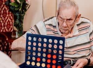 social-activities-games-elderly-care-home-nottingham-newgate-lodge-d4c_1410