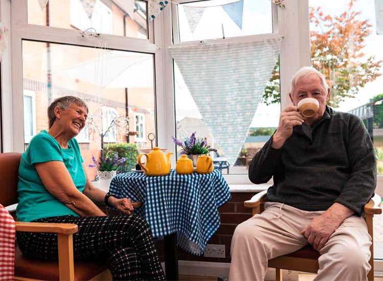 residential-care-home-nottingham-visiting-lidder-care